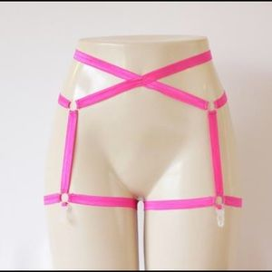 Etsy Harness Me Designs